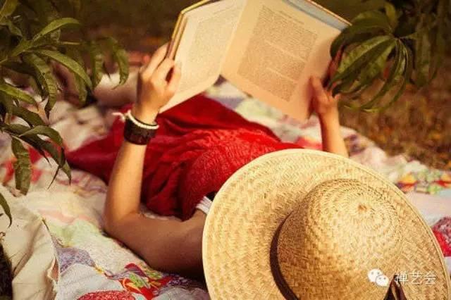 90后:读书与旅行,你更应该读书