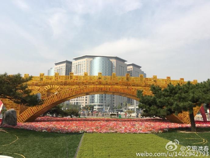 公共艺术,该搭一座怎样的金桥